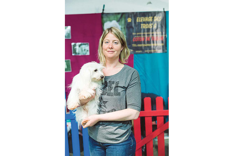 Eleveuse Le village des chiens de race Paris Animal Show